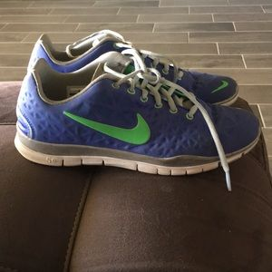 Women's Nike Free Size 9.5